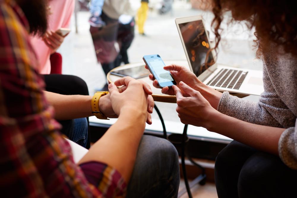 Pengaruh Media Sosial