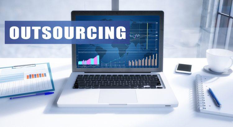 sebelum menggunakan outsourcing
